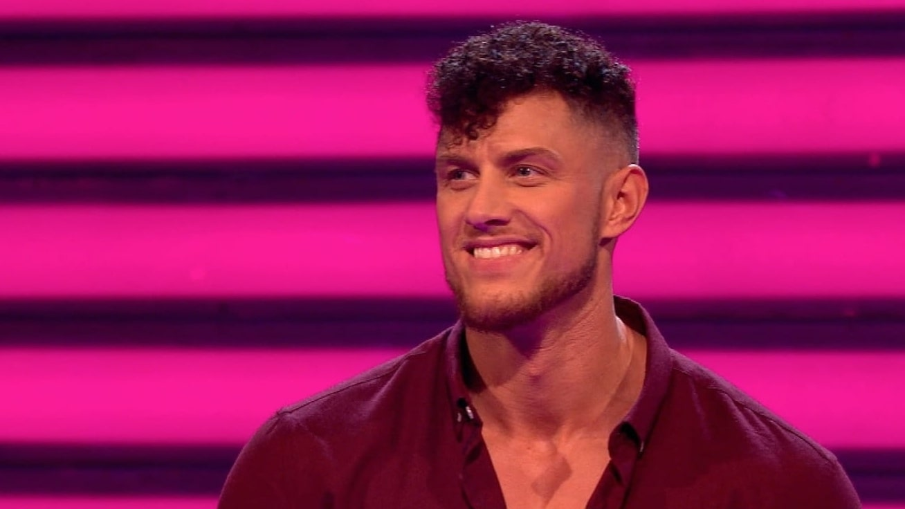 male strip show blog | Dreamboy James is on Take Me Out!
